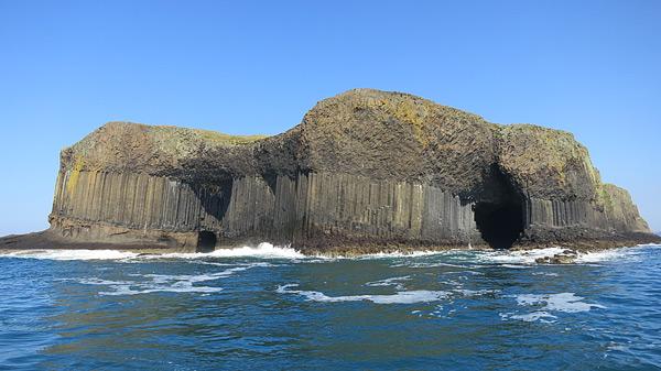 Isle of Staffa and Fingal's cave